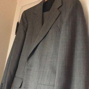 Tom James Men's Suit! Jacket and Pants!